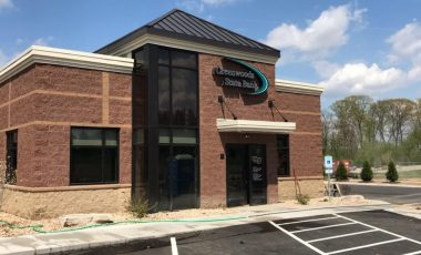 Lake Mills (Headquarters) Greenwoods State Bank Location